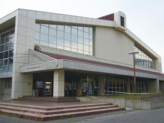 豊野体育館 42m×34m