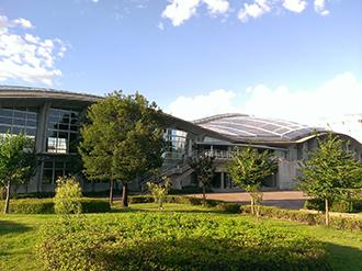 南長野運動公園 体育館